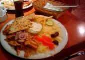 Gyros de pui extra la restaurantul grecesc Ready's din Timişoara