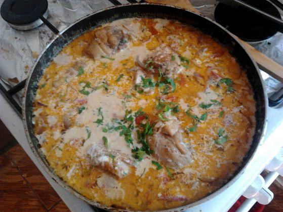 Curry de pui cu lapte de cocos si couscous