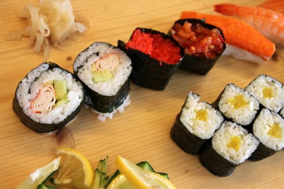 meniu sushi maki