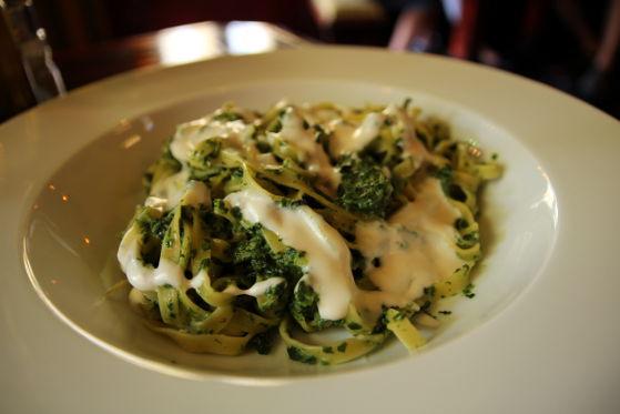 Tagliatelle cu spanac si gorgonzola