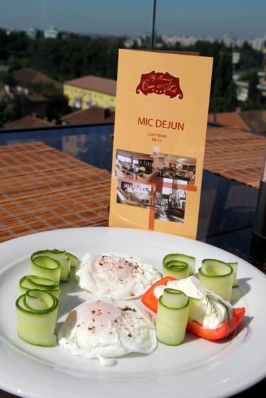 mic dejun restaurant sky