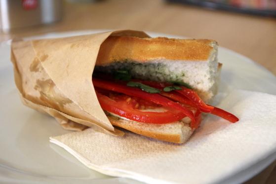 sandwich caprese mozzarella