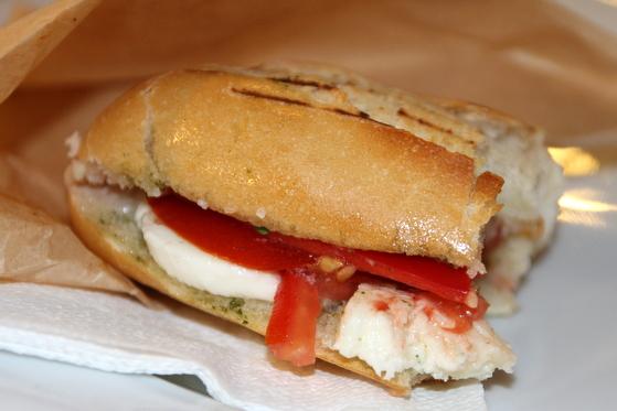 sandwich caprese timisoara