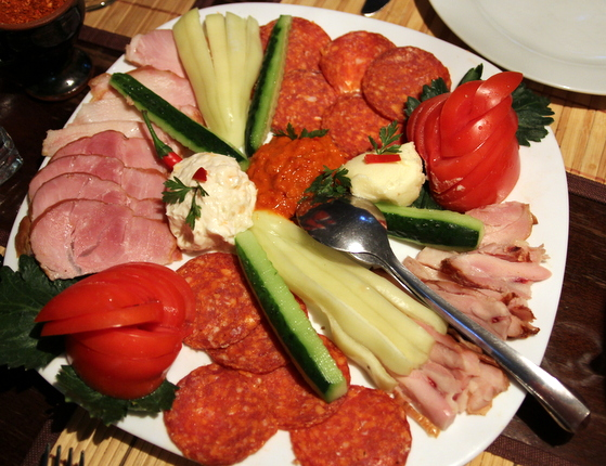 gustare restaurant yugoslavia