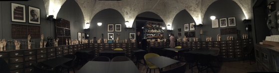 Cabinet de Vin&Cocotte