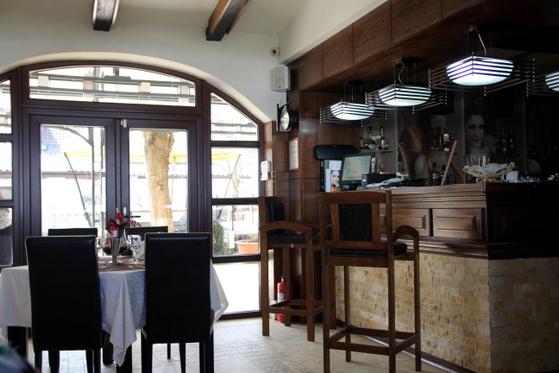 Interior Restaurant Roco Izvin