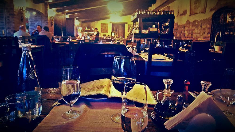 Vedere restaurant ansamblu Casa Antinori