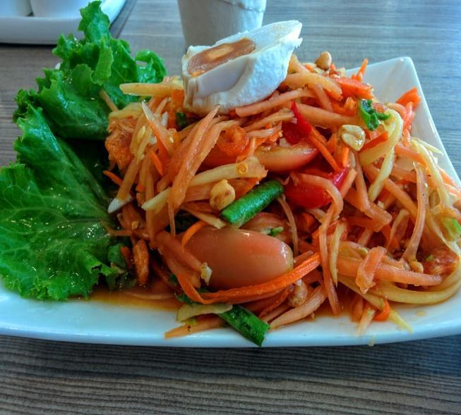 Salata de papaya