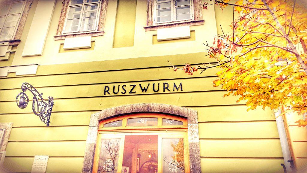 Ruszwurm Exterior