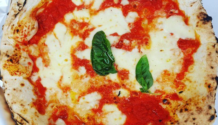 Pizza Napoletana Timisoara Margherita