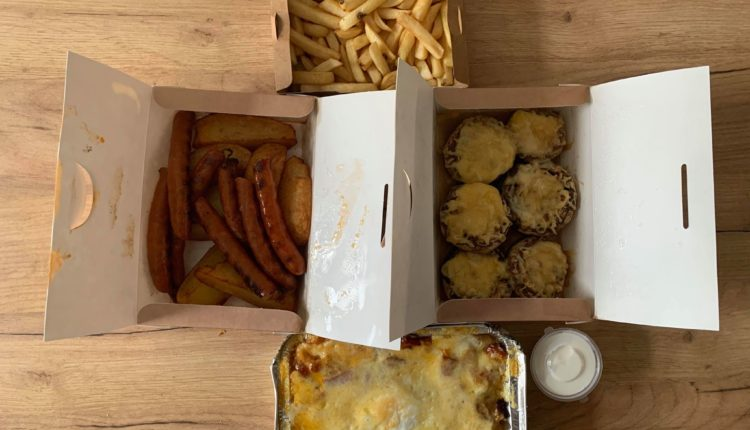 mâncare comandată