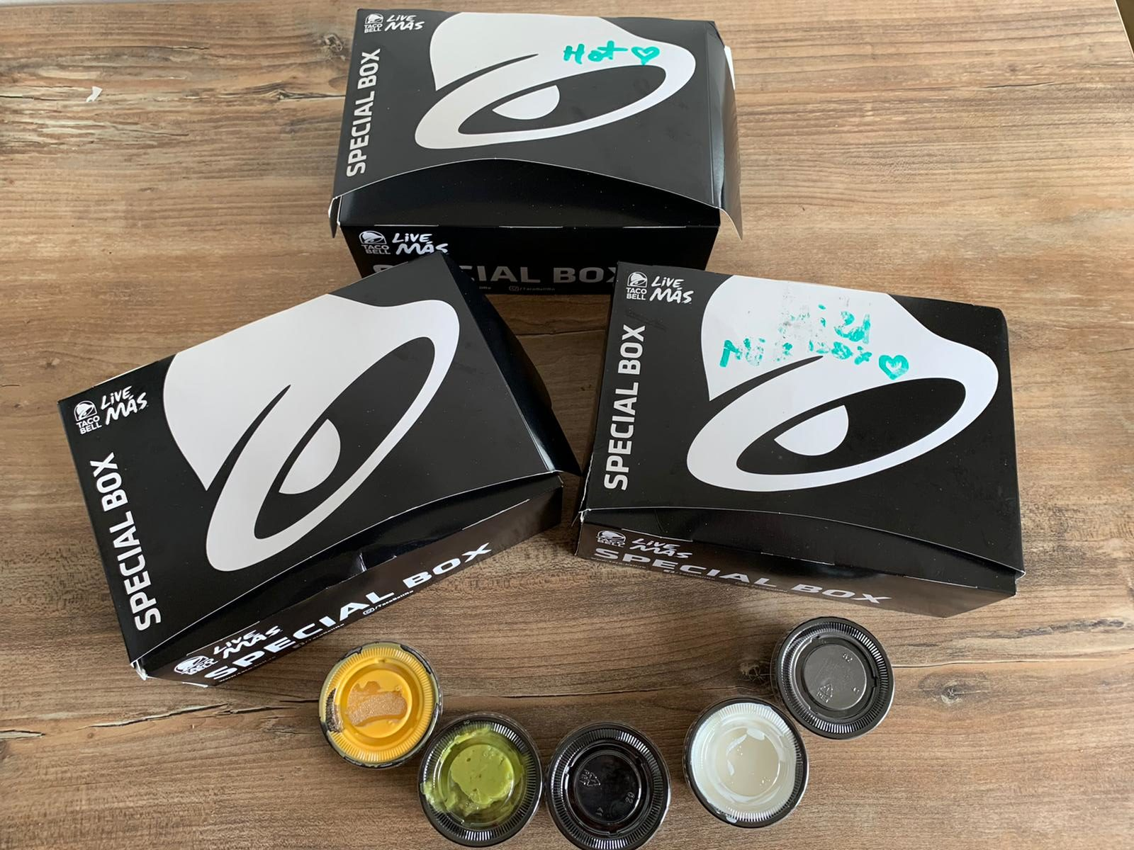 foodcrew-tacobell-packaging