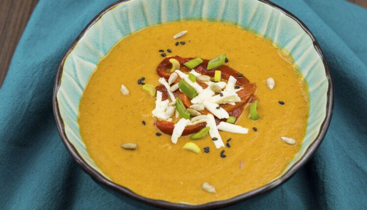 supa crema de linte cu ardei copt